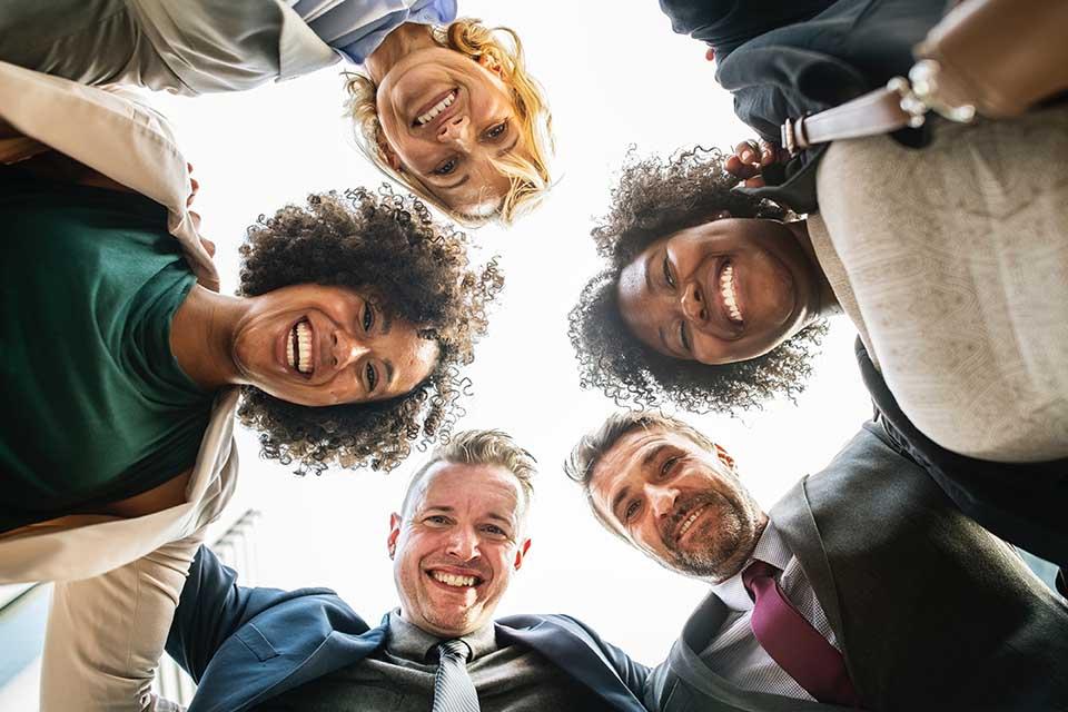 Welche Aspekte sind bei Standup-Meetings zu klären?